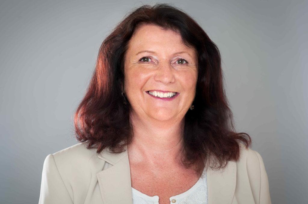 Dr. Gertrud Müller